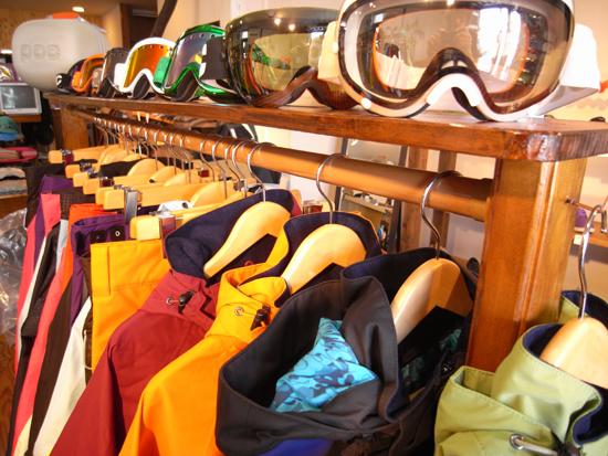 09-10 スノーボード 展示会 明日より開催!!!
