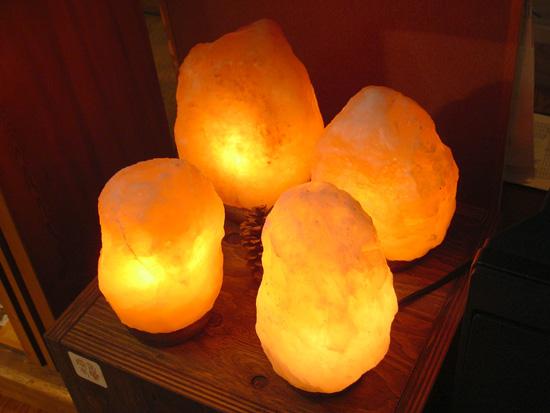 ソルトクリスタル(岩塩)ランプ