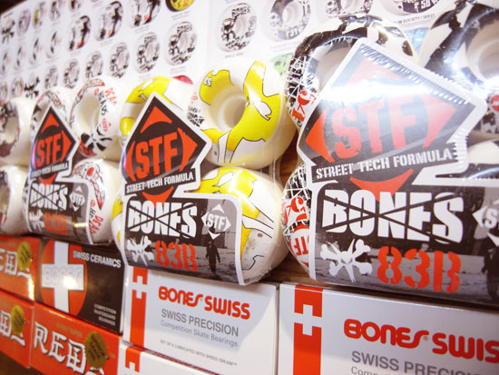 BONES (ボーンズ) ウィール入荷!!