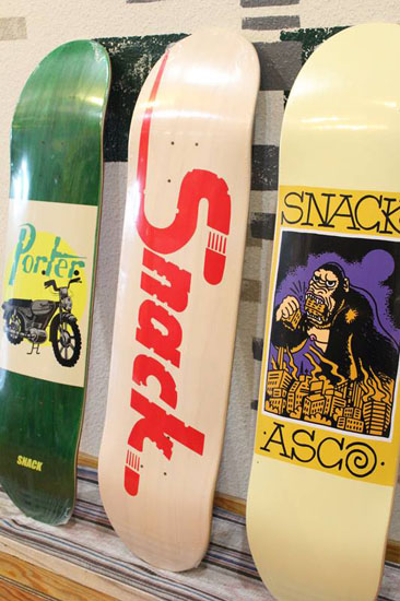SNACK SKATEBOARDS
